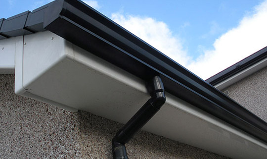 gutter-fitter-moston