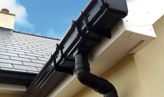gutter-installation-moston
